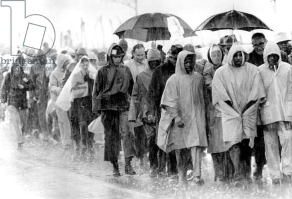 Freedom Marchers on third day of Selma to Montgomery March, Montgomery, Alabama, 03-25-1965.