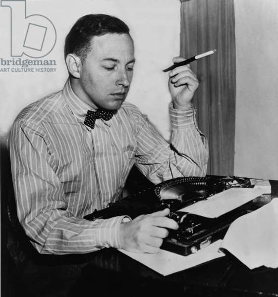 Tennessee Williams (1911-1983) American playwright had his first major success with THE GLASS MENAGERIE (1944). 1945 photo