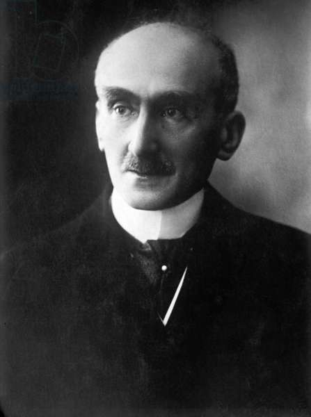 Henri Bergson, (1859-1941) French philosopher who won the Nobel Prize for Literature in 1927. 1925 photo by Henri Manuel