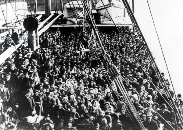 NEW YORK: Immigrants on an Atlantic liner approach the golden door to the new world at Ellis Island in 1906.