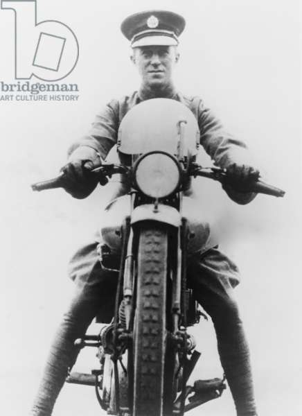 T. E. Lawrence (1888-1935) was an enthusiastic motorcyclist and died from injuries of a motorcycle accident in 1935