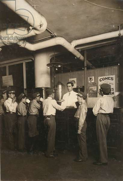 Employees lined up at the lunch counter, postal office, Broadway, New York, New York, July, 1910