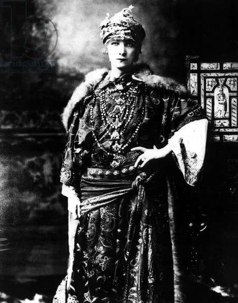 Sarah Bernhardt (1844-1923), undated portrait