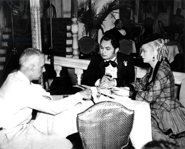 BARBARY COAST, from left, director Howard Hawks, Edward G. Robinson, Miriam Hopkins, on-set, 1935