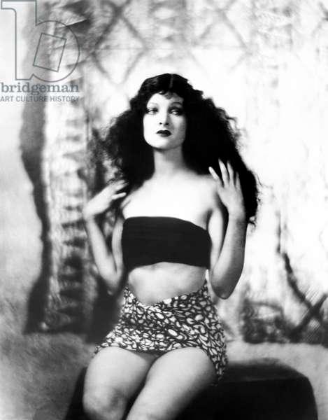 ACROSS THE PACIFIC, Myrna Loy, 1926