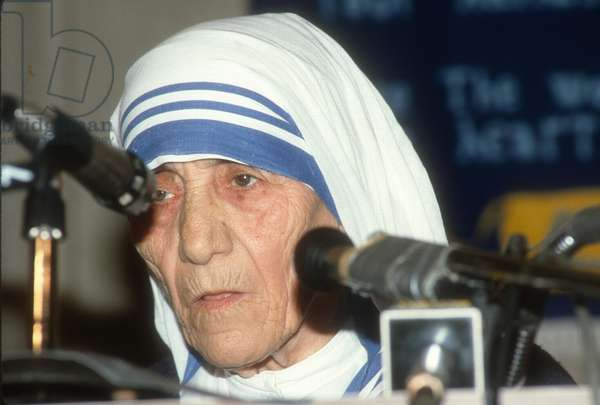 Mother Teresa, 1985 (photo)