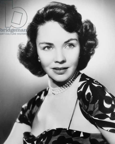 CARRIE, Jennifer Jones, 1952