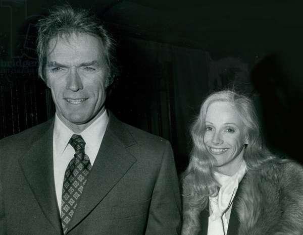 Clint Eastwood & Sondra Lockei, 1977 (photo)