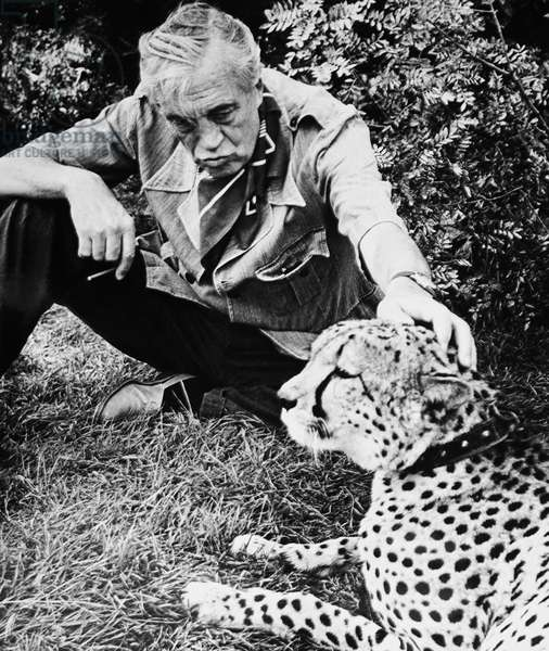 THE BIBLE, director John Huston on set, 1966