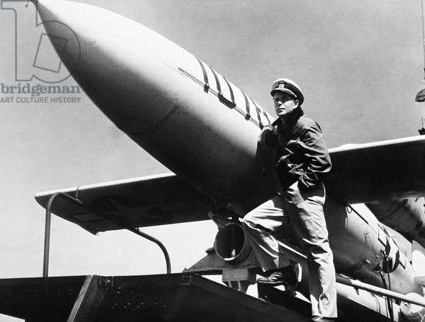 THE FLYING MISSILE, Glenn Ford, 1950