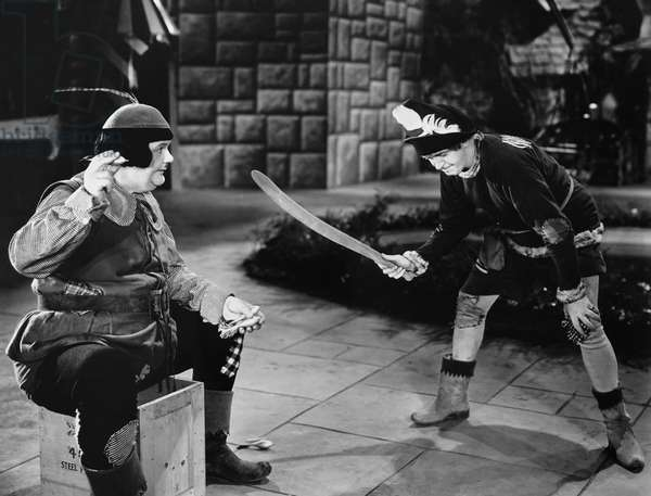 BABES IN TOYLAND, from left: Oliver Hardy, Stan Laurel, 1934