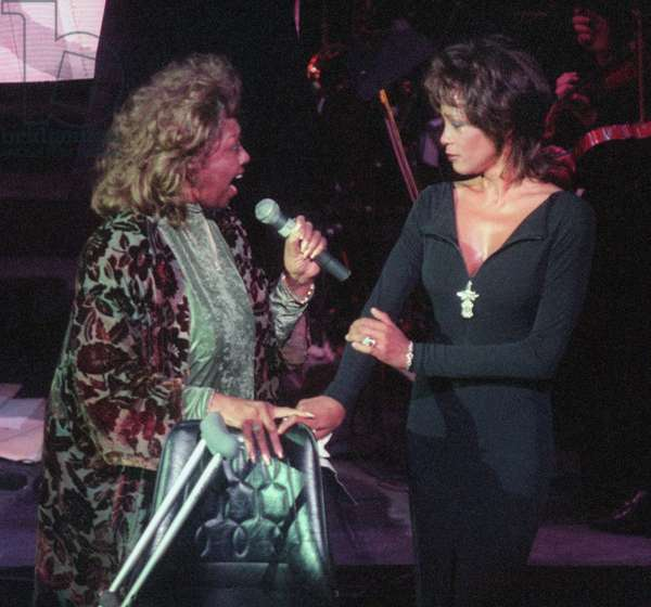 Cissy Houston and Whitney Houston, 1995 (photo)