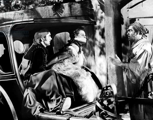 THE BLACK SWAN, from left, Tyrone Power, Maureen O'Hara, Thomas Mitchell, 1942