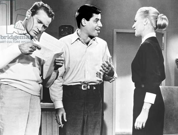 THE DELICATE DELINQUENT, from left, Darren McGavin, Jerry Lewis, Martha Hyer, 1957