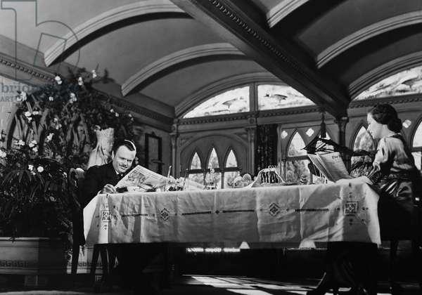CITIZEN KANE, from left: Orson Welles, Ruth Warrick, 1941