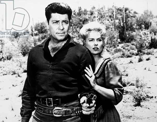 BLOOD ON THE ARROW, from left: Dale Robertson, Martha Hyer, 1964