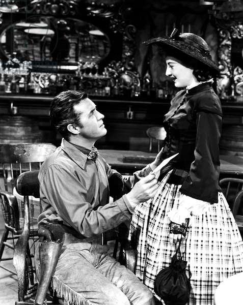 CALIFORNIA, from left, Ray Milland, Barbara Stanwyck, 1946