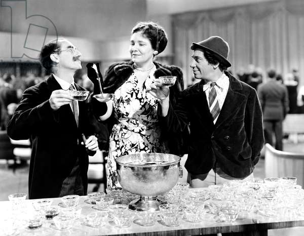 THE BIG STORE, from left, Groucho Marx, Margaret Dumont, Chico Marx, 1941
