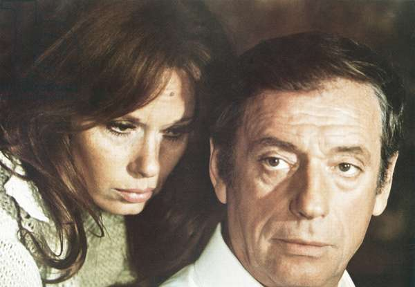 LE FILS, from left: Lea Massari, Yves Montand, 1973