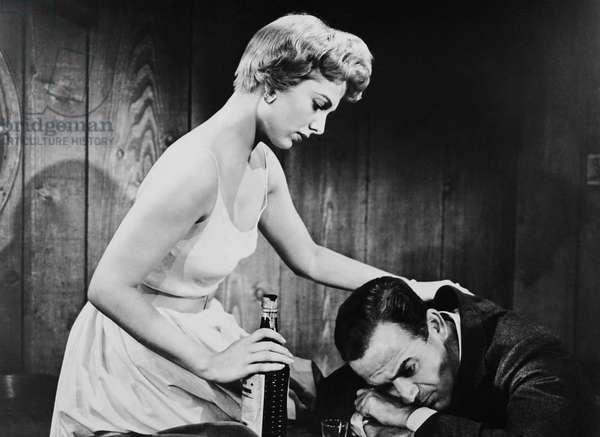CRY VENGEANCE, from left: Martha Hyer, Mark Stevens, 1954