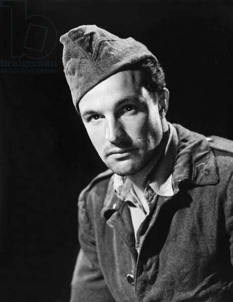 THE CROSS OF LORRAINE, Gene Kelly, 1943