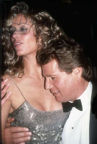Farrah Fawcett Ryan ONeil, 1989 (photo)
