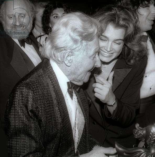 Erte and Brooke Shields, 1984 (photo)