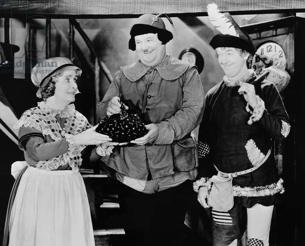 BABES IN TOYLAND, from left: Florence Roberts, Oliver Hardy, Stan Laurel, 1934