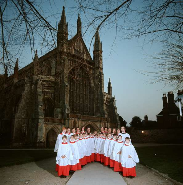 Winchester Cathedral Choir posing