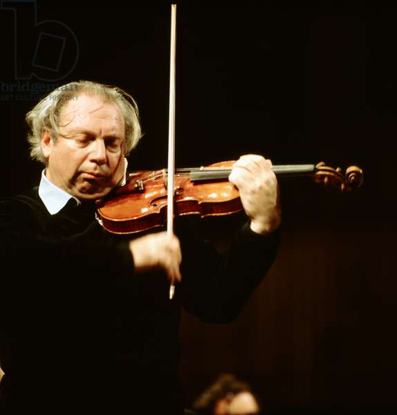 Isaac Stern playing the