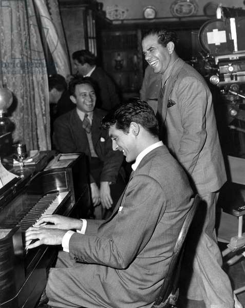 Cary Grant, Frank Capra on the set of ARSENIC AND OLD LACE in 1941