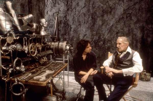 EDWARD SCISSORHANDS, director Tim Burton, Vincent Price, on set, 1990. © 20th Century Fox/courtesy Everett Collection.