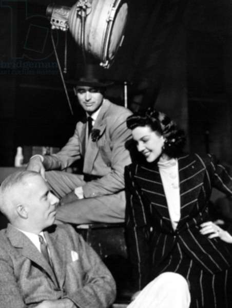 HIS GIRL FRIDAY, director Howard Hawks, Cary Grant, Rosalind Russell on set, 1940