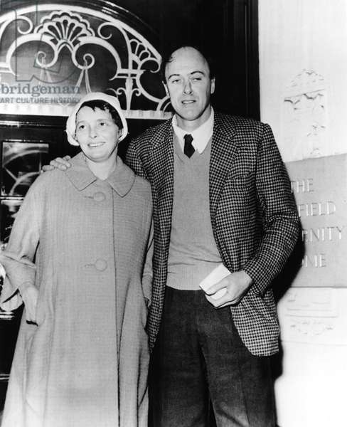 Stroke survivor PATRICIA NEAL is escorted to the maternity hospital by husband ROALD DAHL in preparation for the birth of her fifth child, 08/02/65
