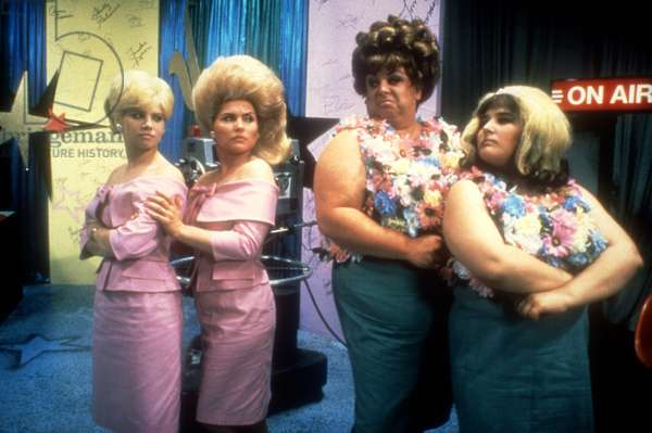 HAIRSPRAY, Colleen Fitzpatrick, Debbie Harry, Divine, Ricki Lake, 1988
