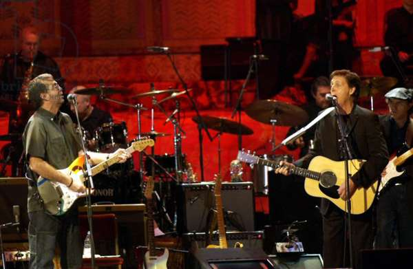 CONCERT FOR GEORGE: CONCERT FOR GEORGE, Eric Clapton, Paul McCartney, 2003, (c) ArenaPlex/courtesy Everett Collection