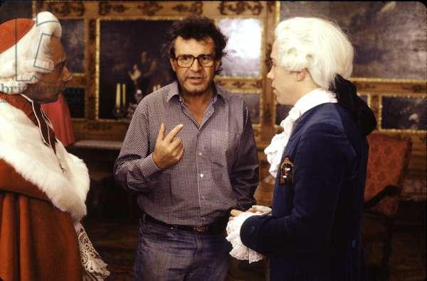 Amadeus: AMADEUS, Director Milos Forman, Tom Hulce, 1984. (c) Warner Bros./ Courtesy: Everett Collection.