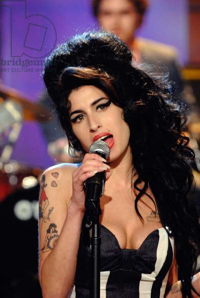 THE TONIGHT SHOW WITH JAY LENO, Amy Winehouse, (aired April 24, 2007), 1992-2009, photo: Dave Bjerke / © NBC / Courtesy Everett Collection
