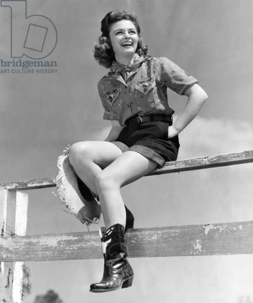 Donna Reed, 1942
