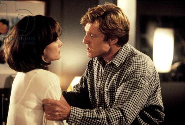 UP CLOSE AND PERSONAL, Michelle Pfeiffer, Robert Redford, 1996