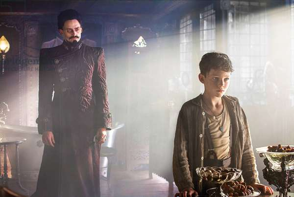 PAN, from left: Hugh Jackman as Blackbeard, Levi Miller as Peter Pan, 2015. ph: Laurie Sparham / © Warner Bros. Pictures / courtesy Everett Collection