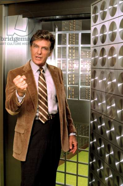 STRIKE FORCE, Robert Stack, 1981-1982