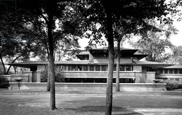 Robie House by Frank Lloyd Wright, Chicago, illinois (b/w photo)