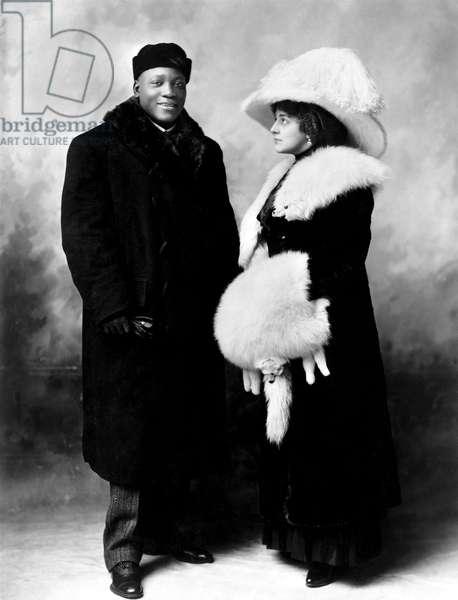UNFORGIVABLE BLACKNESS: THE RISE AND FALL OF JACK JOHNSON, Jack Johnson, Etta Duryea Johnson, c. 1910, 2004, (c) Florentine Films/courtesy Everett Collection