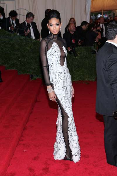 Chanel Iman at arrivals for Metropolitan Museum of Art's 2012 Costume Institute Gala Benefit - Schiaparelli and Prada: Impossible Conversations - Part 8, Metropolitan Museum of Art, New York, NY May 7, 2012. Photo By: Andres Otero/Everett Collection