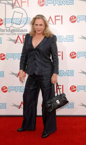 Kathleen Turner: Kathleen Turner at arrivals for 37th AFI Life Achievement Award and Tribute to Michael Douglas, Sony Studios, Culver City, CA June 11, 2009. Photo By: Michael Germana/Everett Collection