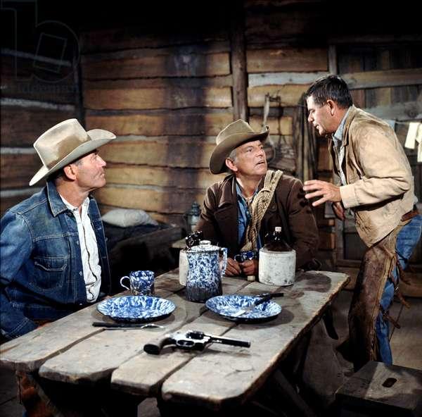 THE ROUNDERS, Henry Fonda, Denver Pyle, Glenn Ford, 1965