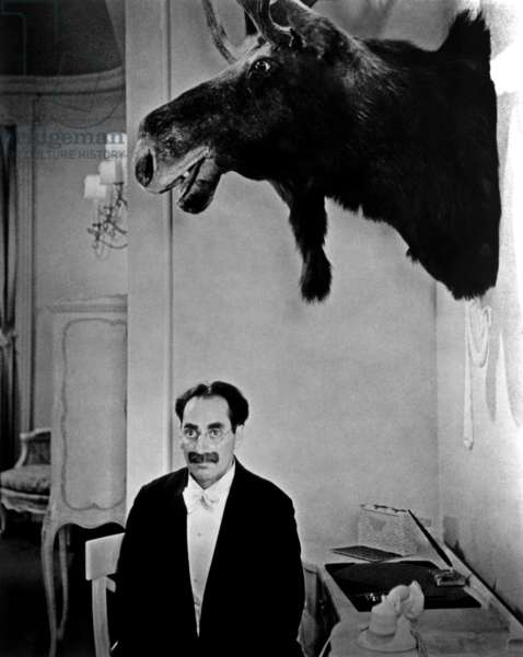 Panique a l'hotel: ROOM SERVICE, Groucho Marx, 1938
