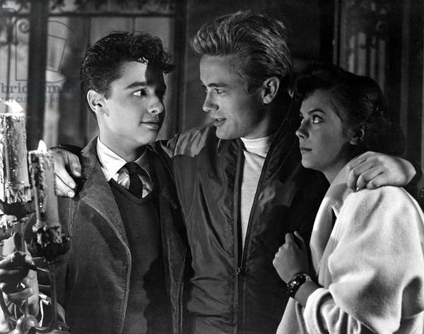 REBEL WITHOUT A CAUSE, Sal Mineo, James Dean, Natalie Wood, 1955