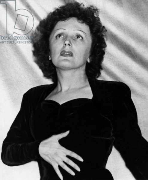 Edith Piaf, french singer, c.1947 (b/w photo)